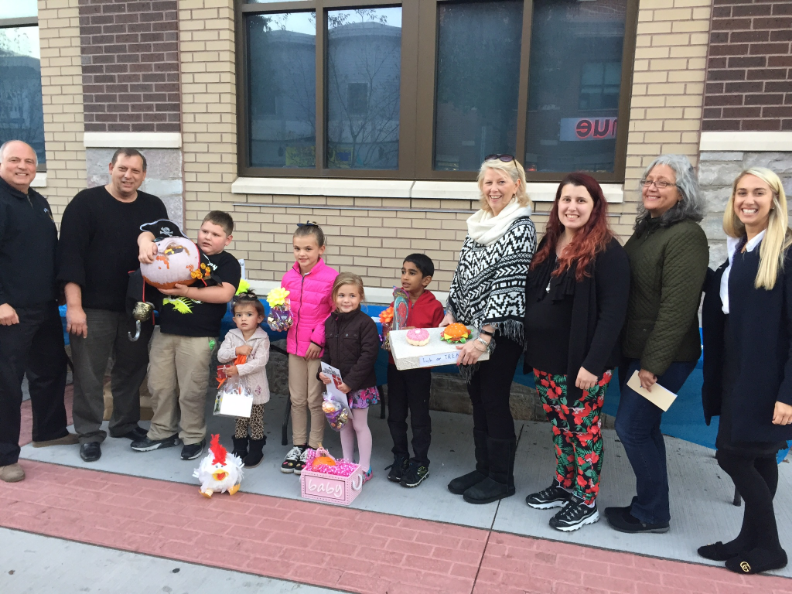 Mayor Jimmy Davis, Bayonne UEZ, Bayonne Special Improvement District Winners of The Pumpkin Decorating Contest